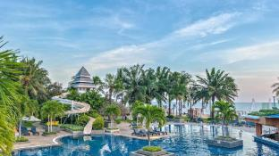 Novotel Hua Hin Cha Am Beach Resort & Spa