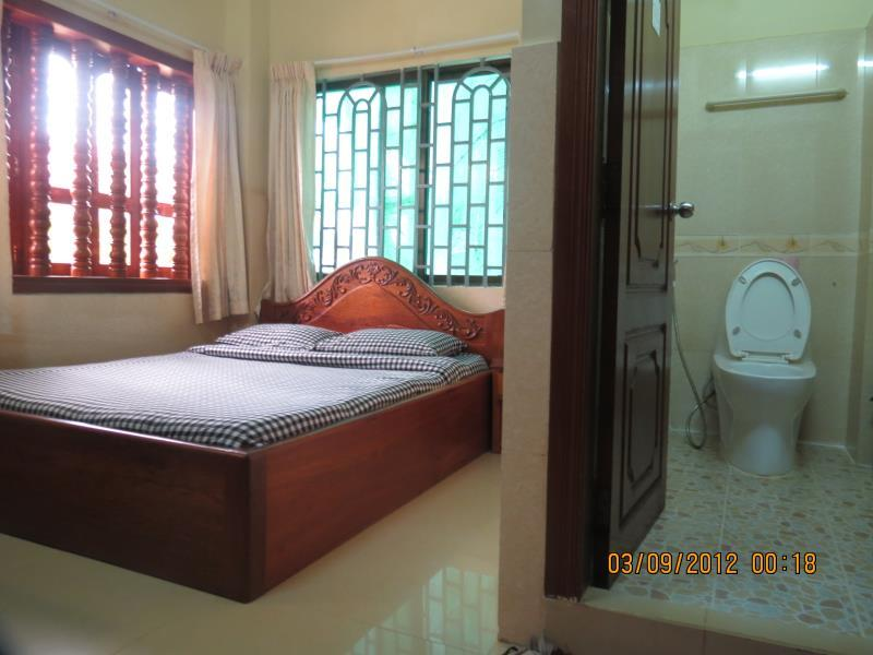 Single Room with air condition