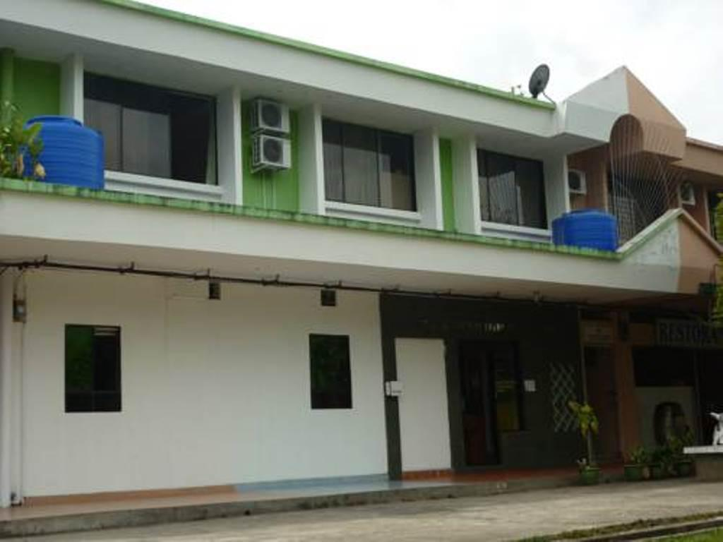 More about Tambunan Inn