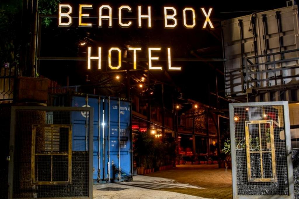 Beach Box Hotel Baga - GoSavvy Collection