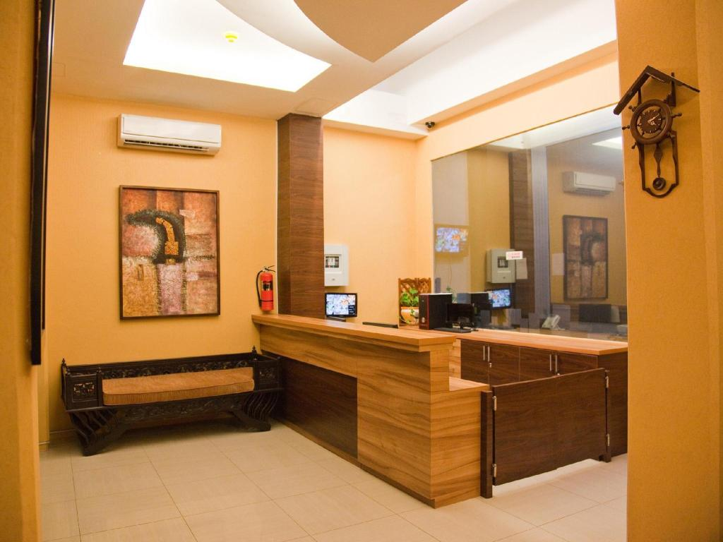 More about Hotel Rumah Shinta