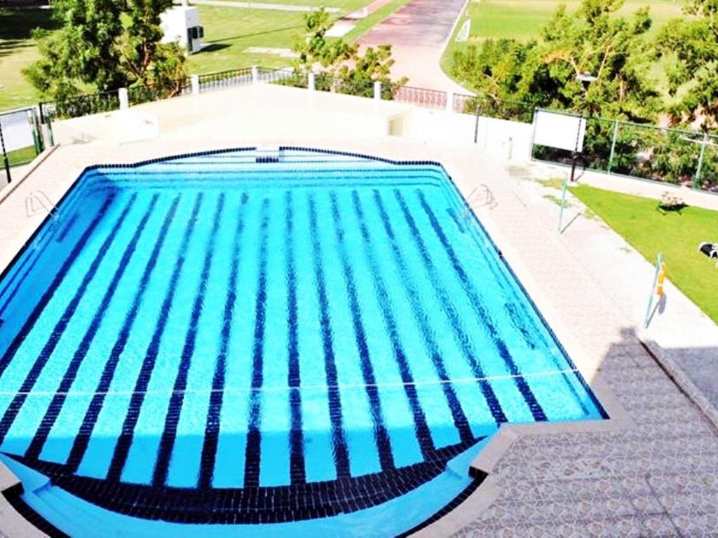 Best price on dubai youth hostel in dubai reviews - Dubai airport swimming pool price ...