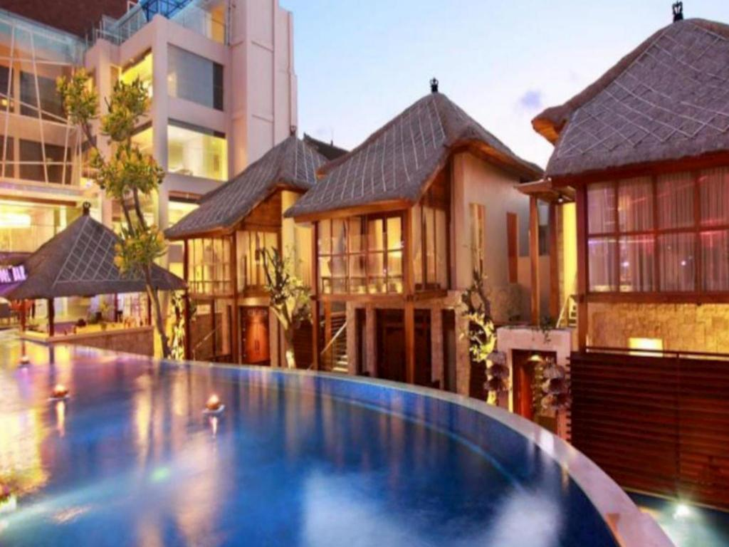 Bazén Grand Mega Resort & Spa Bali