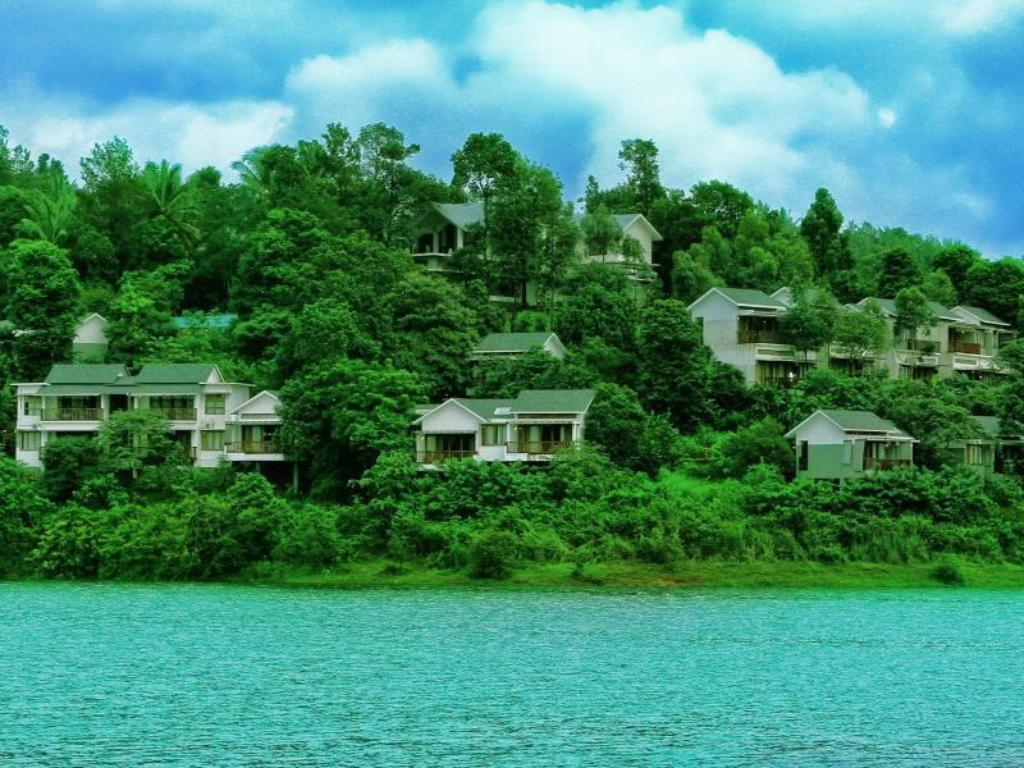 Best Price On Wayanad Silver Woods Hotel In Wayanad Reviews