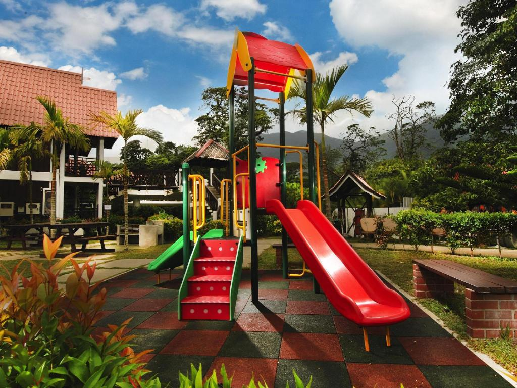 Playground Paya Beach Spa & Dive Resort
