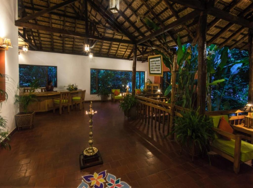 Lobby Kurumba Village Resort – Nature Resorts, Nilgiris