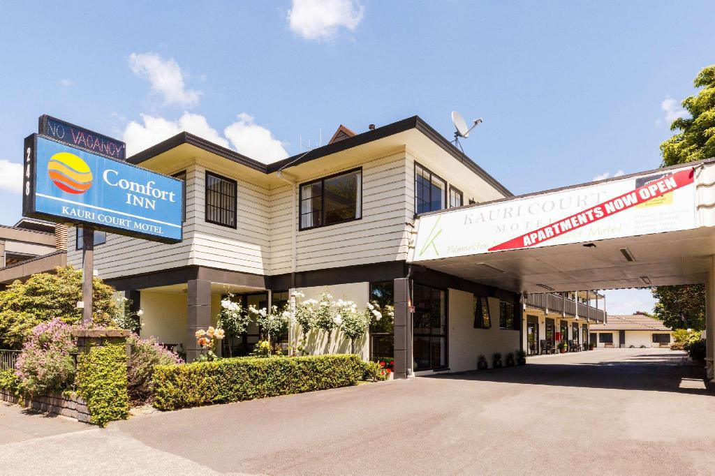 More about Comfort Inn Kauri Court