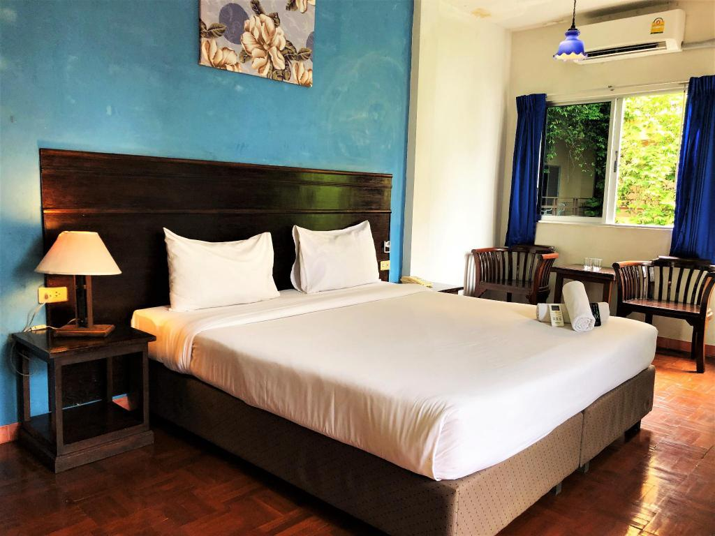 Sutus Court 2 in Pattaya - Room Deals, Photos & Reviews
