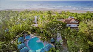 La Parola Orchids Beach Resort