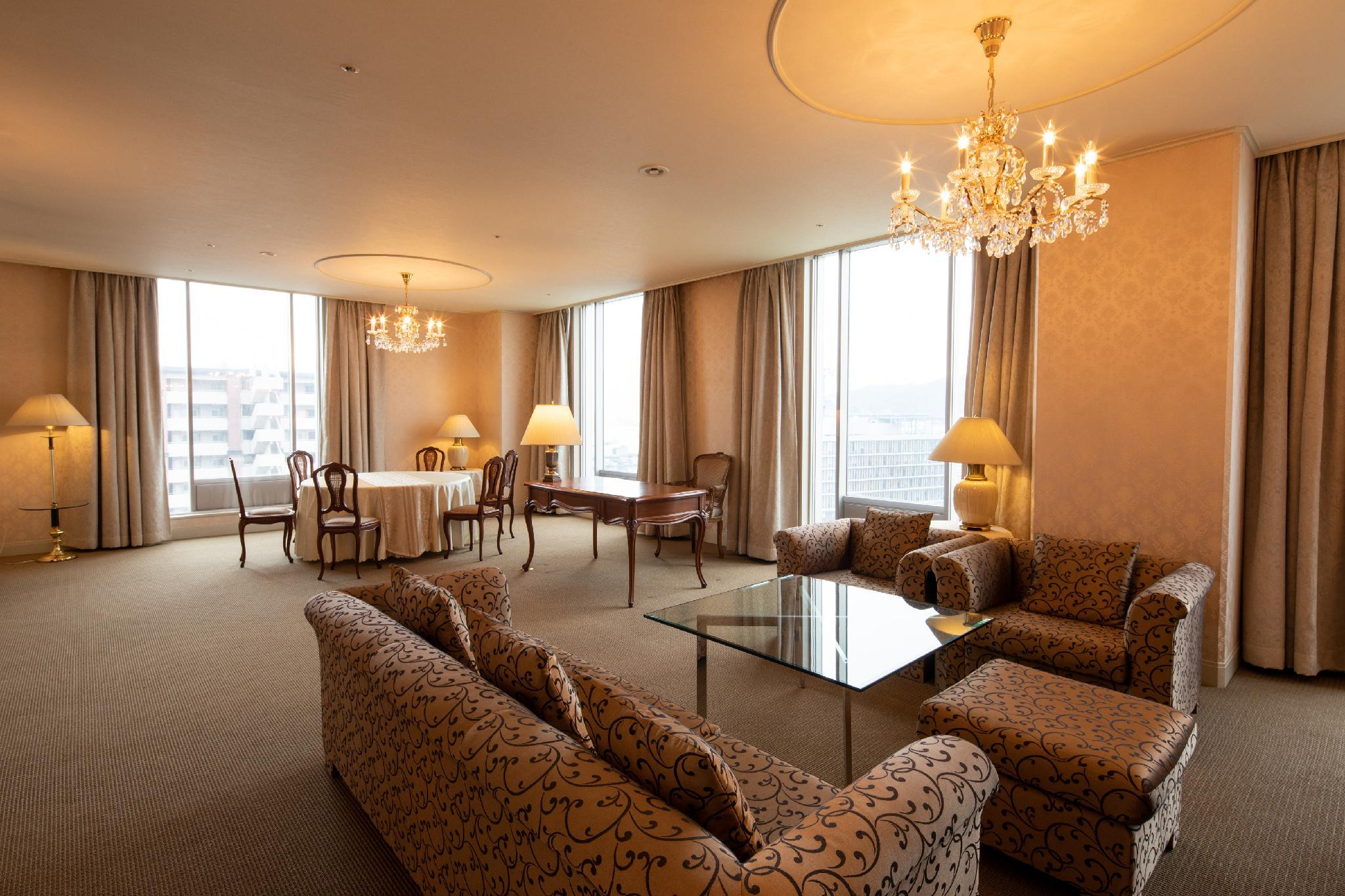 Hotel New Nagasaki in Japan - Room