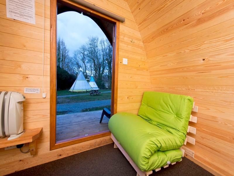 Pod Cabin with 2 Single Beds
