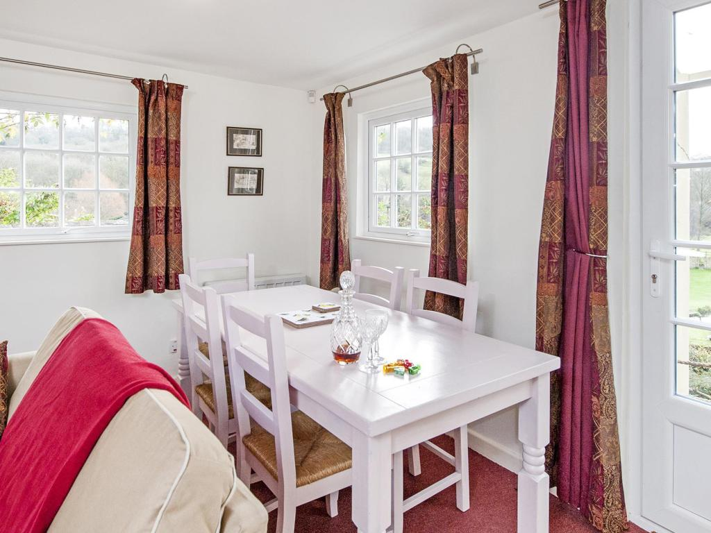 Interior view Tucking Mill View Cottage