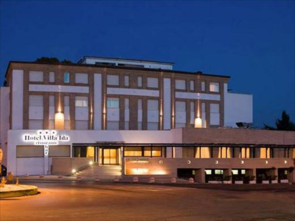 Antica Villa Gaeta book from nz$115 >> hotel villa ida in ceprano, italy