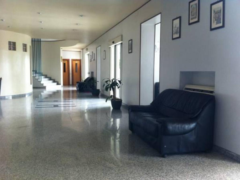 Porte Per Interni Prezzi Foggia hotel atleti, foggia | offerte agoda