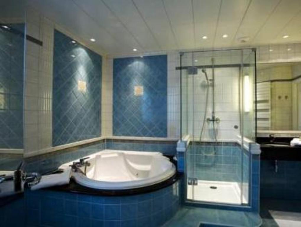 Bathroom Hotel Bristol