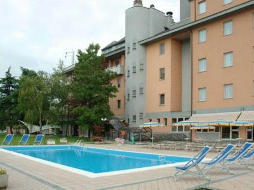 Hotel Embassy Pero Milan Italie Tarifs Agoda Com