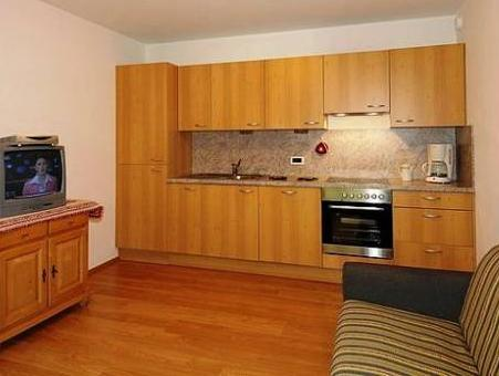 Apartment mit 2 Schlafzimmern und Balkon (6 Erwachsene) (Two-Bedroom Apartment with Balcony (6 Adults))
