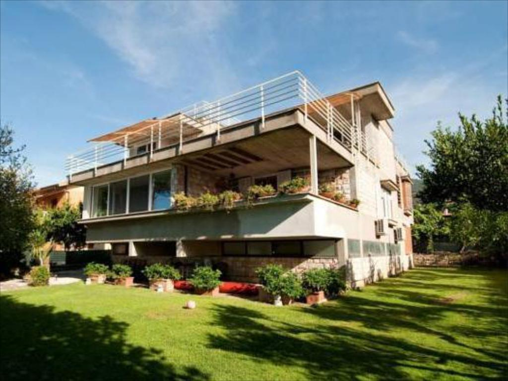 B B La Terrazza Sul Lago Trevignano Booking Deals Photos