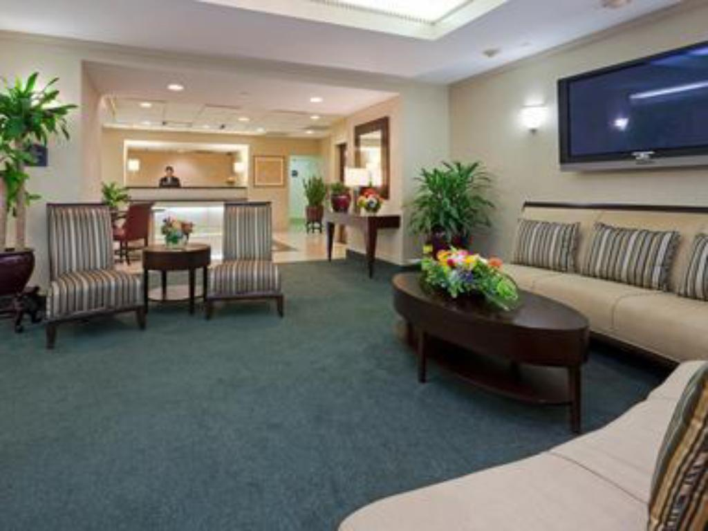 Vestabils Holiday Inn Washington-Georgetown