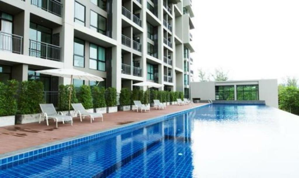 Swimming pool Sugarpalm Condo Suanluang Phuket By Mananya
