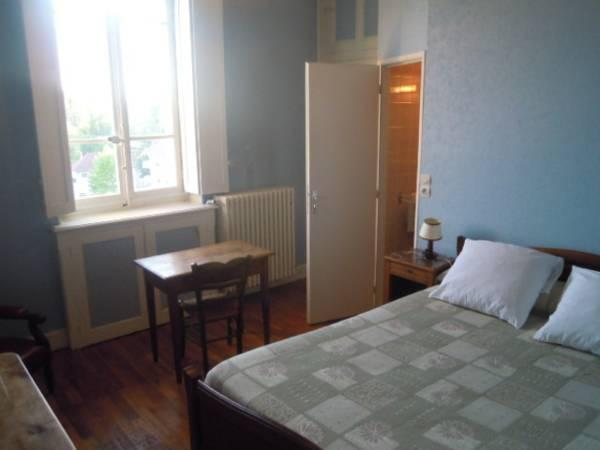 Doppelzimmer mit Dusche (Double Room with Shower)