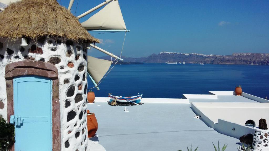 Kokkinos Villas Serviced Apartment Santorini Deals Photos