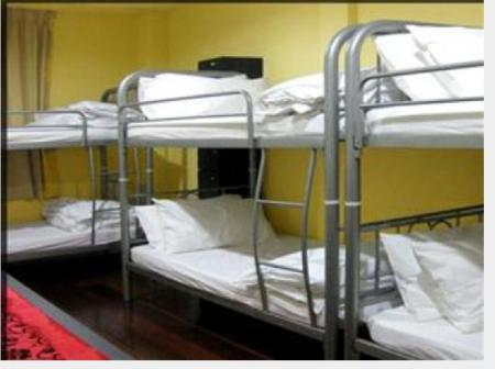 6-Bed Dormitory - Male Only Beds Guesthouse