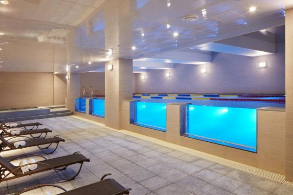 Swimmingpool Days Hotel & Suites by Wyndham Incheon Airport