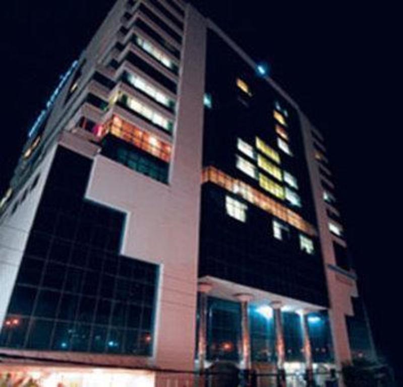 Dhaka Regency Hotel & Resort, Bangladesh - Photos, Room Rates