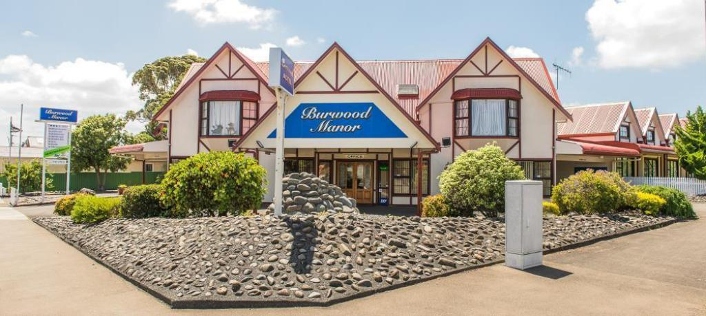 موتيل بوروود مانور (Burwood Manor Motel)