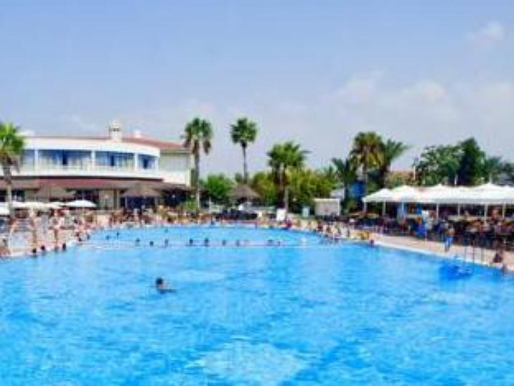 Euphoria palm beach resort in manavgat room deals photos reviews - Palm beach swimming pool ...