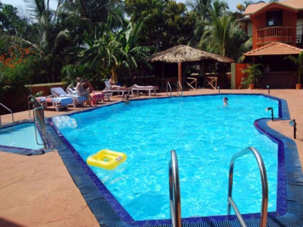 Swimming Pool Ruffles Beach Resort