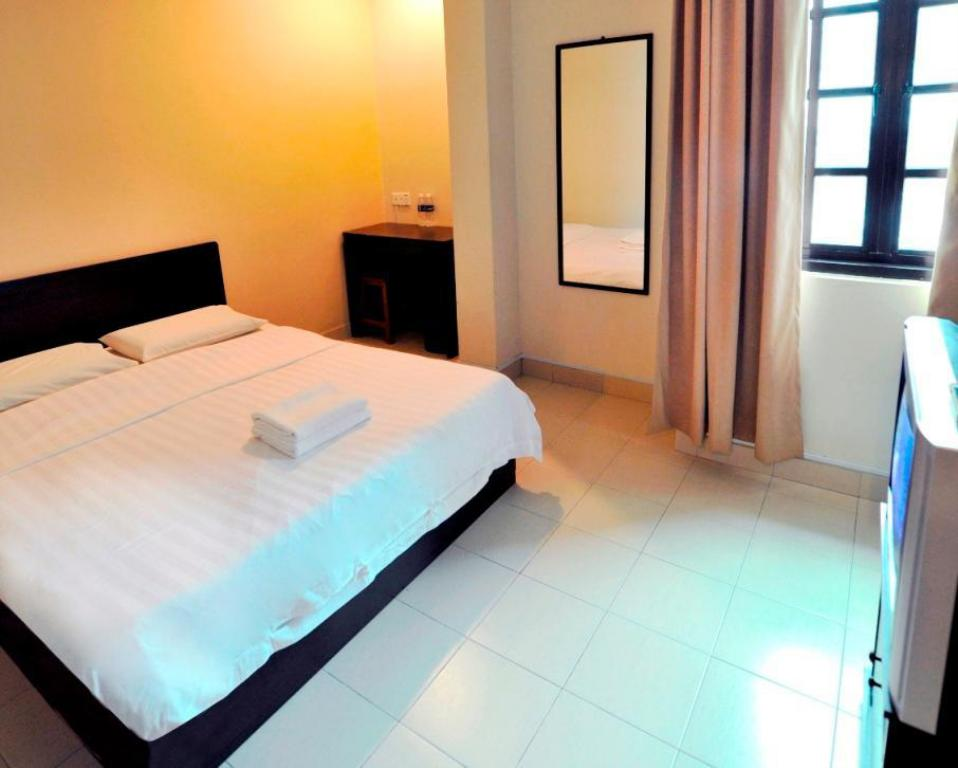 Double Standard - Guestroom Place2Stay @ City Centre