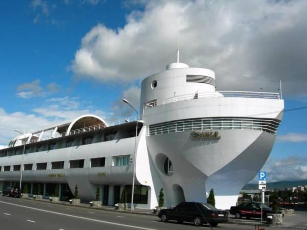 More about Cruise Hotel