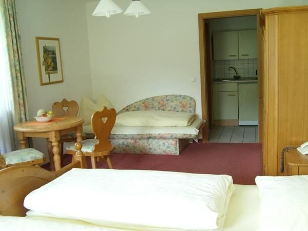 Comfort Triple Room with Kitchenette