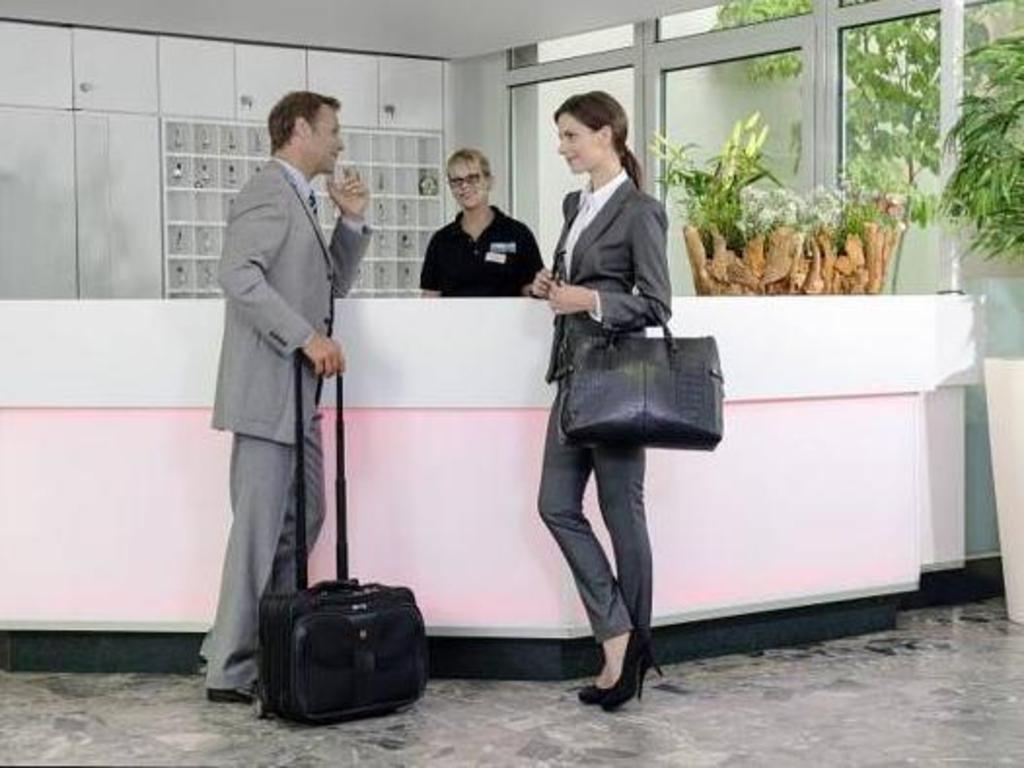 airport seminarhotel neu isenburg ofertas de ltimo minuto en airport seminarhotel neu isenburg. Black Bedroom Furniture Sets. Home Design Ideas
