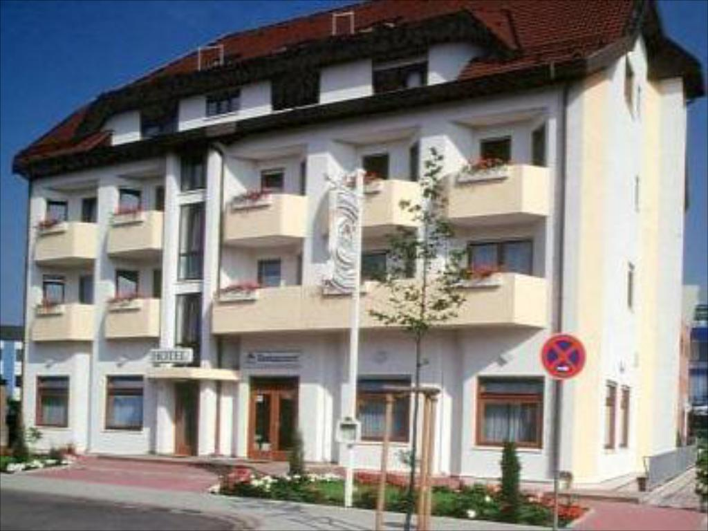hotel am exerzierplatz mannheim germany