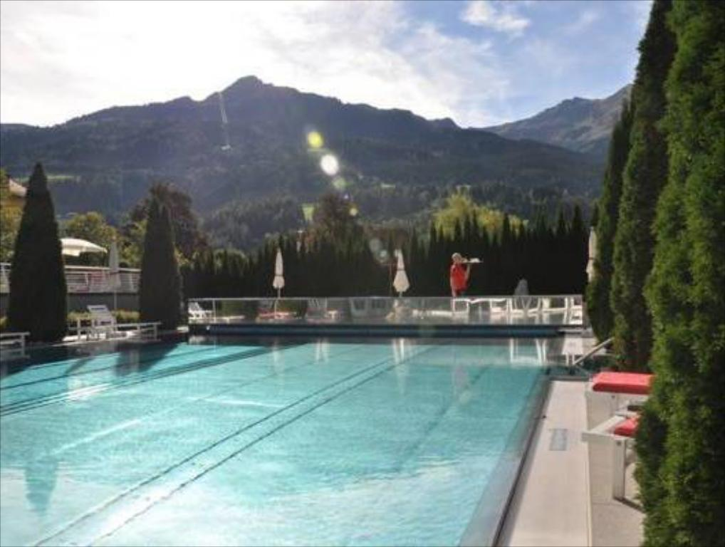 Swimming pool Impuls Hotel Tirol