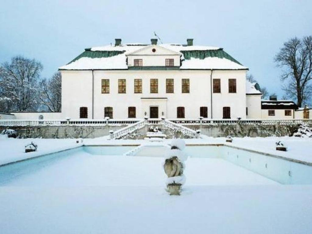 More about Häringe Slott
