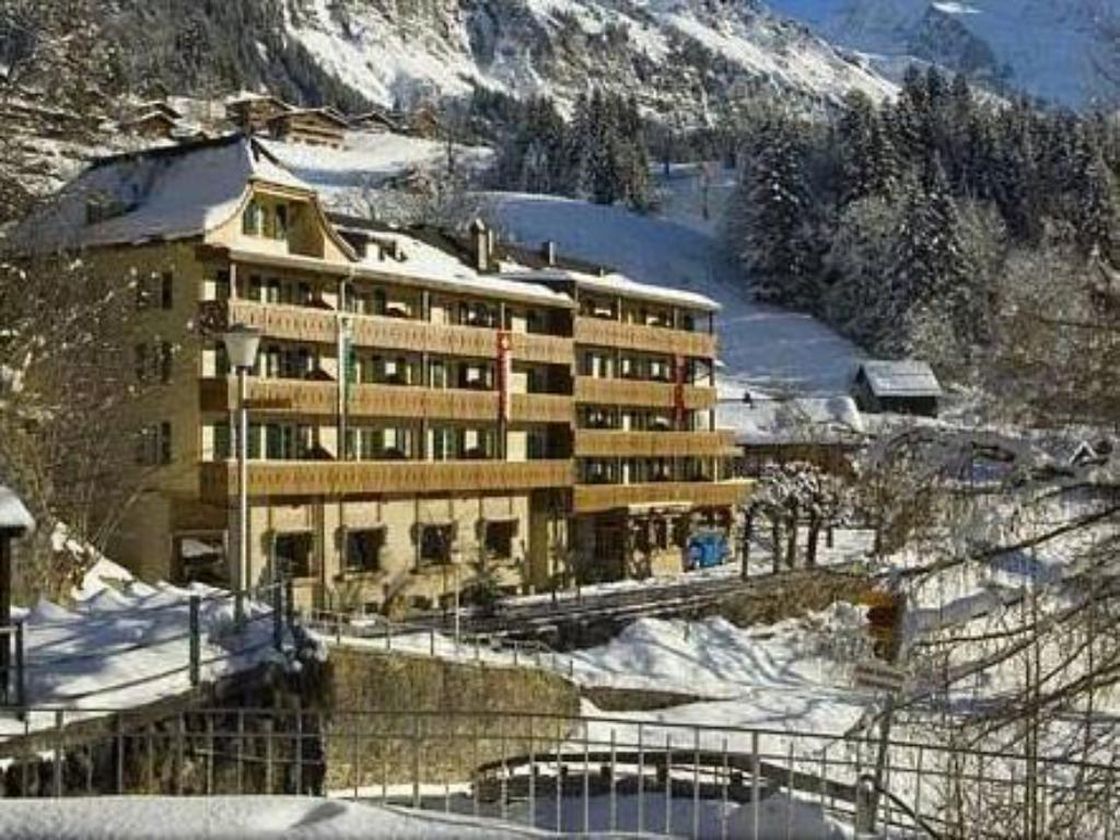 More about Hotel Alpenrose Wengen