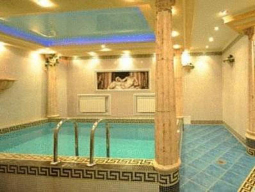 Schwimmbad Business Hotel Sibiria