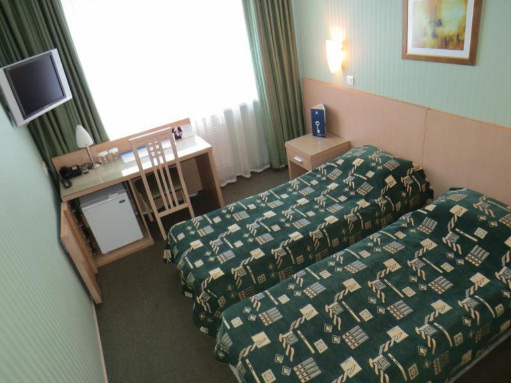 Business Twin Room - Bed Taganrog Congress Hotel