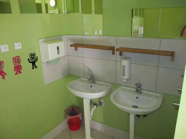 Doppel- oder Zweibettzimmer mit Gemeinschaftsbad – Bird Nest (Double or Twin Room with Shared Bathroom - Bird Nest)