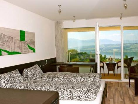 Camera Doppia Vista Lago (Double Room with Lake View)