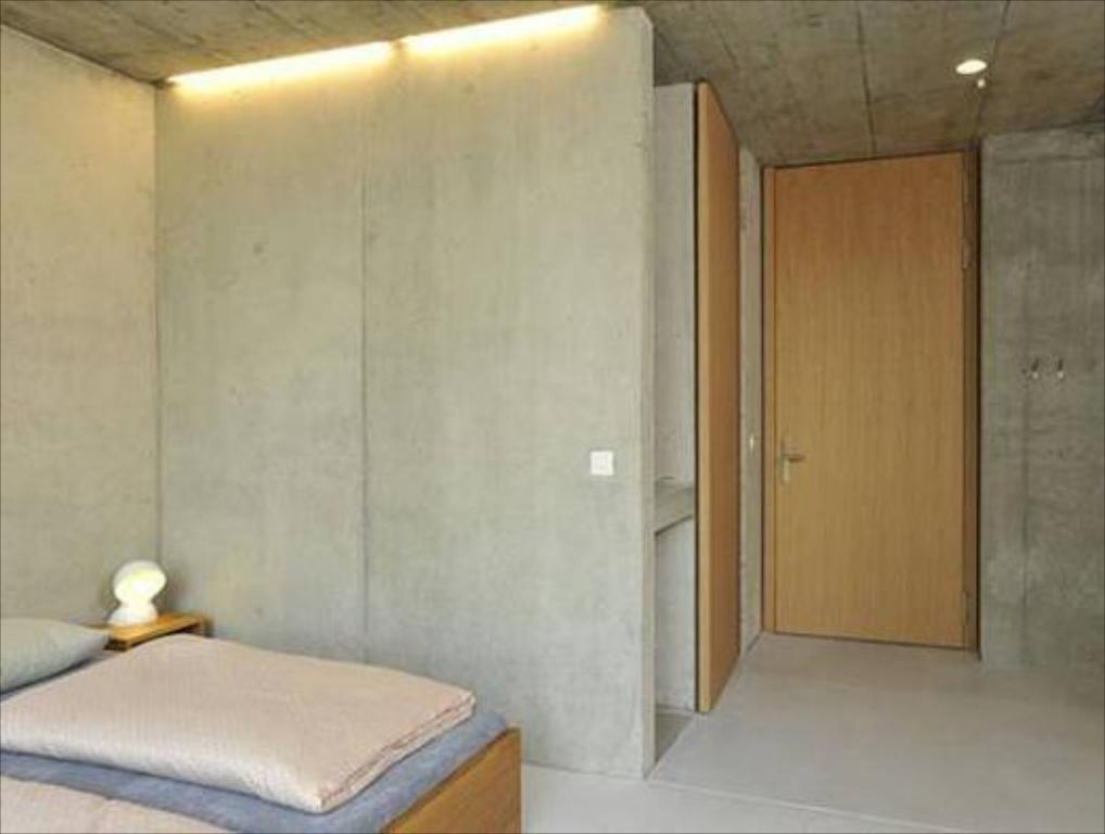 Single Room with Shower - Guestroom Basel Youth Hostel