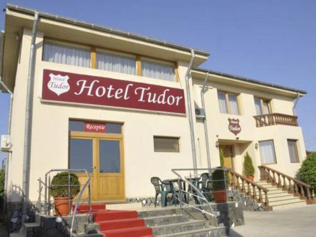More about Hotel Tudor