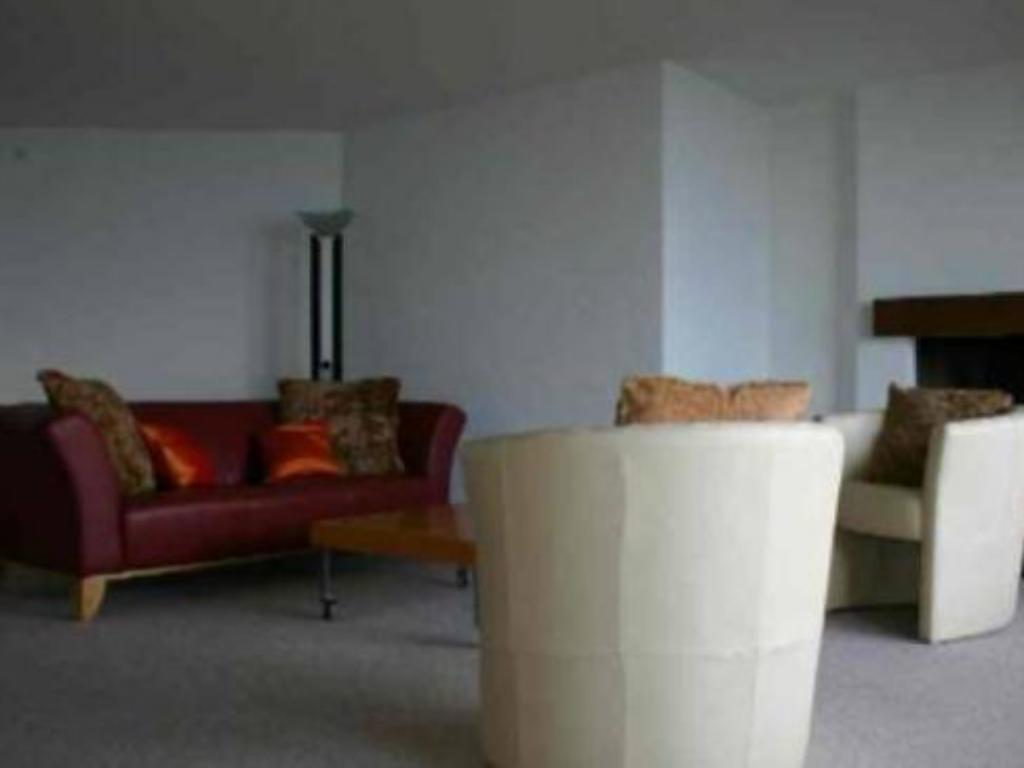 3 Bedroom Apartment (6 Adults) - Guestroom Apartment Nidwaldnerhof