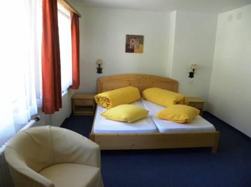 Double Room with Shared Shower