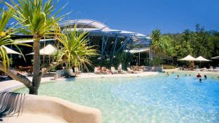 Mercure Kingfisher Bay Resort