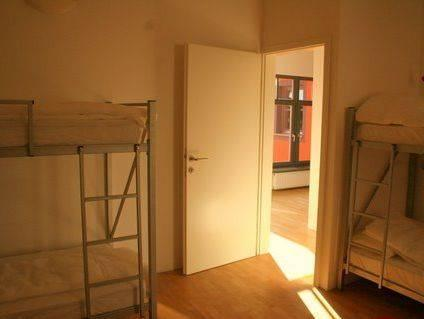 Quadrupla con Stanza da Bagno in Comune (Quadruple Room with Shared Bathroom)